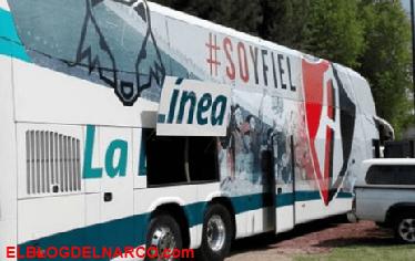 Sicarios balean camión con aficionados del Club Atlas en Jalisco