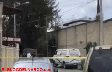 Sicarios en camioneta de redilas balean a ocupantes de camioneta y dejan tres muertos, en Jalisco