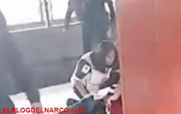 Balean a policía federal encubierto en estación del metro en México