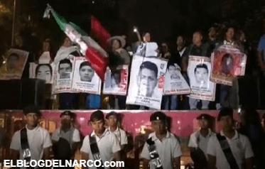 """Padres de los 43 piden al gobierno de Peña """"superar"""" la verdad histórica"""