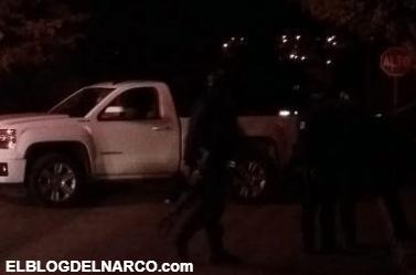VÍDEOS Por radio aviso a sicarios que lo fueran a rescatar y rápidamente llego un grupo armado del Cártel de Sinaloa que desato balacera en Culiacán