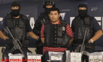 El Hummer de Ex-Militar Élite a los Zetas y ejecutor de El Gallo de Oro Valentín Elizalde...