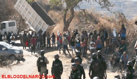 Tras fuerte topones entre El Necho y el Cártel del Sur en Chichihualco, pobladores huyen de las balaceras