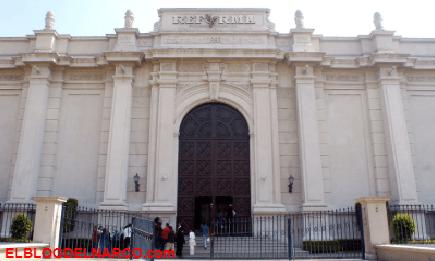 El Cártel de Sinaloa amenaza con 'volar' edificio de periódico Reforma por críticas a AMLO