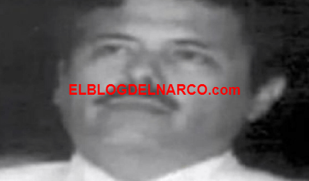 """Fotos inéditas """"El Mayo"""" Zambada asomar una dentadura debajo de un poblado bigote negro"""