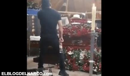 VIDEO Con par de Cal.50 en el piso así fue el funeral de El H, sicario jefe de Los Salazar