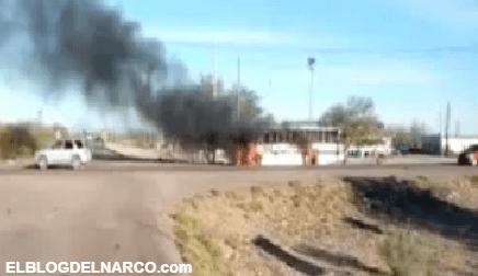 Sicarios queman autobuses en zona que Caro Quintero le pelea a los Chapitos (VIDEO)