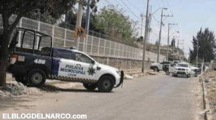 Sicarios bajan a mujer de auto y le dan 10 tiros en plena avenida de León, Guanajuato