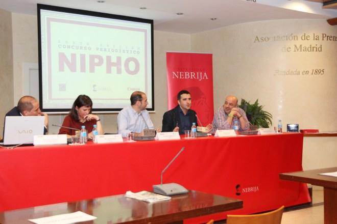 El jurado de los premios Nipho de este año ha estado formado por Melisa Tuya, en especialidad de prensa; Andrés Ballesteros, en fotografía; Juan Diego Guerrero, en radio, y este salao, en televisión.