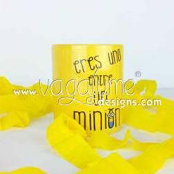 taza_eres_uno_entre_un_minion_regalos_originales_para_personas_unicas_vagalume_designs_3web