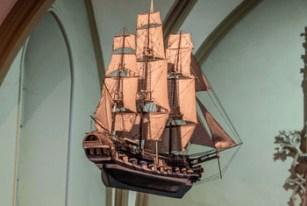 Fragata artillada. S. XVIII. Santuario de la Virgen del Mar. Mamariga, Santurtzi. Procedencia de la il.: National Geographic