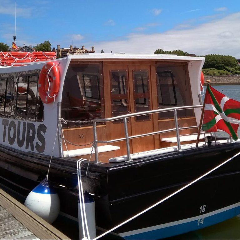 Viajes, paseos y excursiones en barco por la ría de Bilbao. El Bote Tours