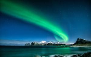 stars northern lights