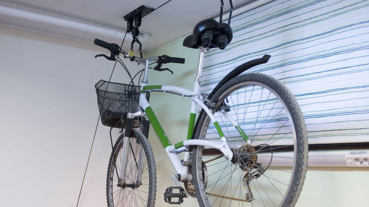 Sistema Para Colgar Bicicletas Del Techo Garage 3 Elbunkker - Colgar-bici-techo