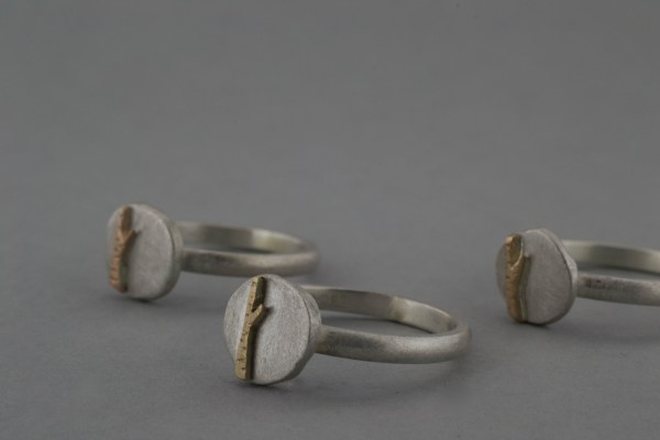 Tree and moon ring group