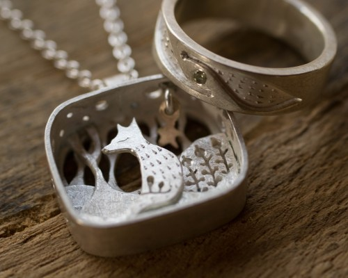 Fox and foxtale ring