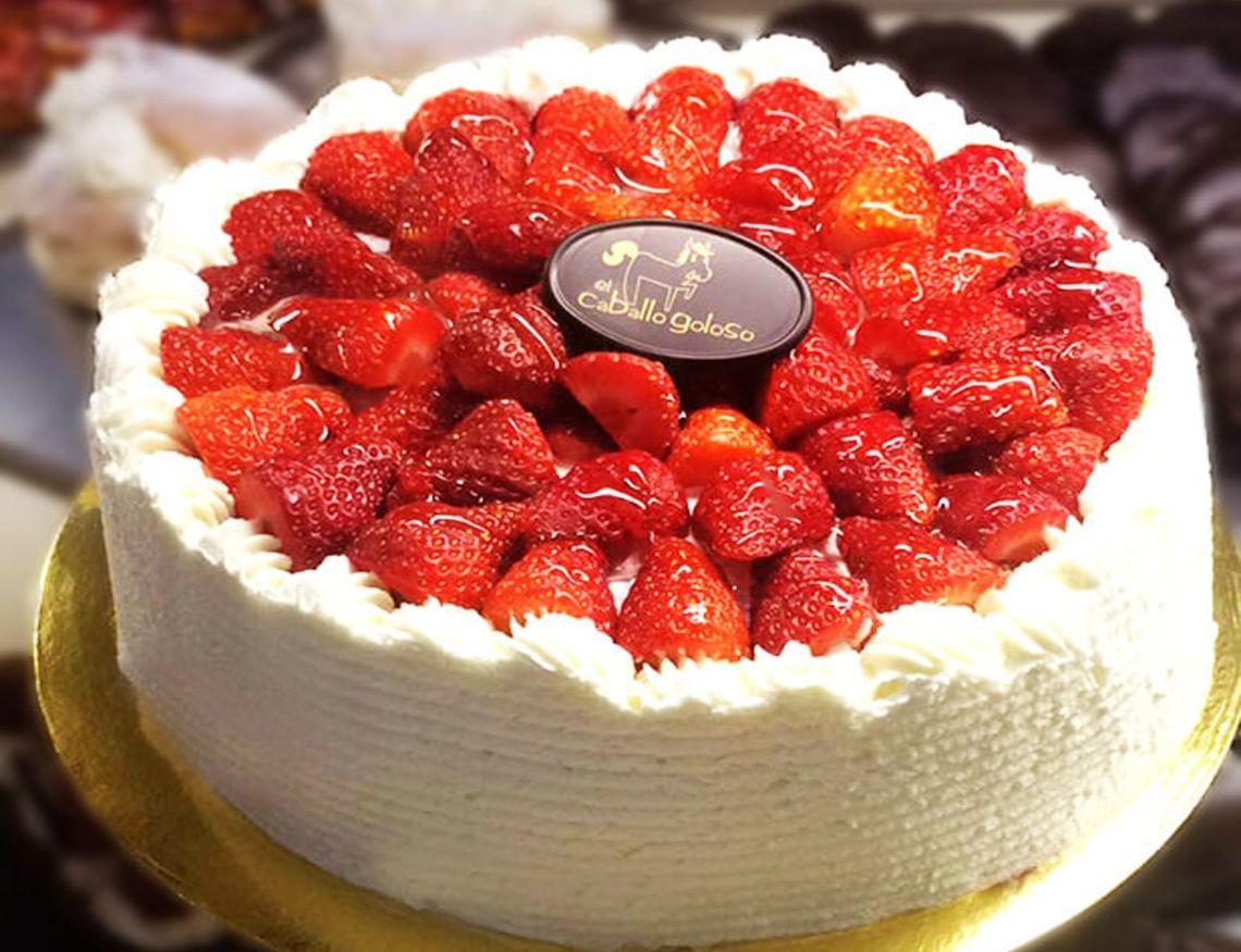 tarta-de-fresas-con-nata