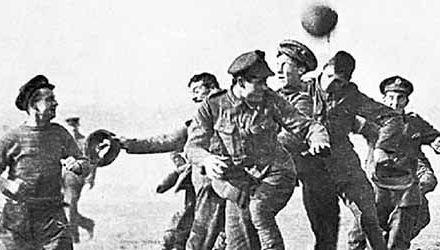 """La festividad de Yule y la """"Tregua de Navidad"""" de 1914 en la Iª Guerra Mundial"""