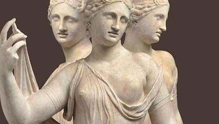 Mujeres de Roma, Julio Verne y un calendario benéfico en clave de rock