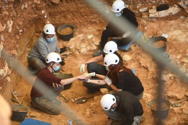 Eudald Carbonell nos habla sobre los trabajos en Atapuerca