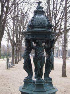 Fuente parisina.