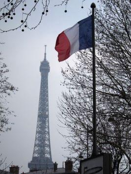 Torre Eiffel desde la parada de RER Pont de l'Alma