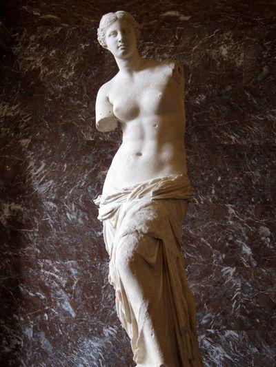 La Venus de Milo. Museo del Louvre. Planta Baja