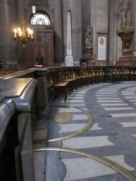 La linea rosa. Iglesia de San Sulpice.