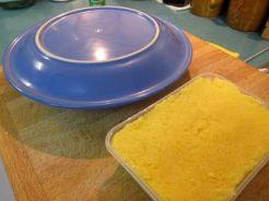 pastel-de-aguacate-y-polenta-