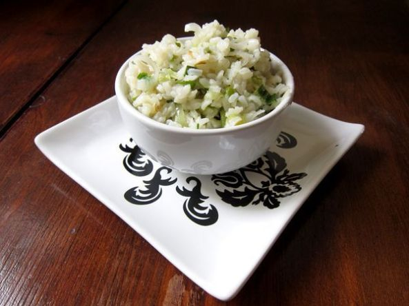 arroz-con-cebolleta-y-jengibre-aromatizado-con-infusion-de-lemongrass-