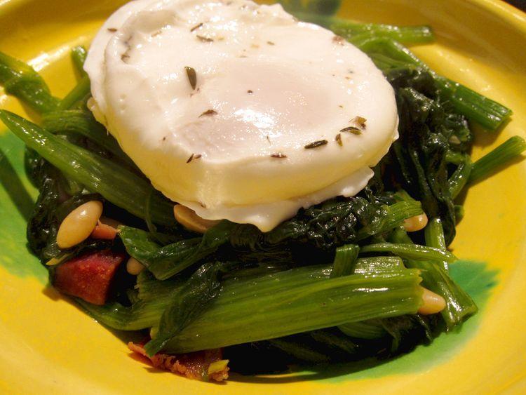 espinacas-salteadas-con-huevo-poche-09