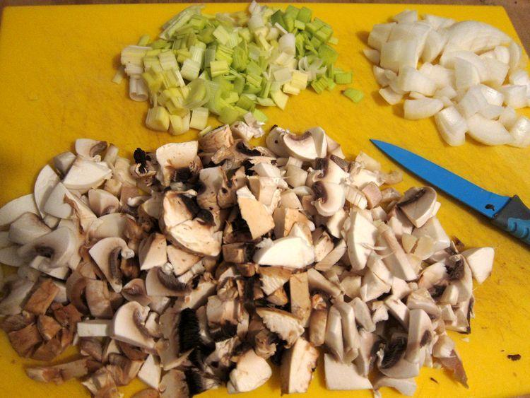 pastel-vegetal-de-ajetes-y-champiñones-02