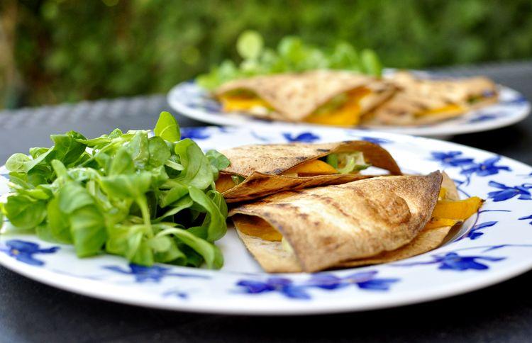quesadillas-de-mango-y-brie-12