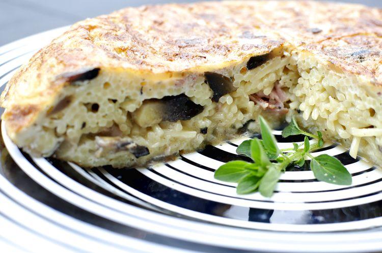 tortilla-de-spaghetti-champinones-jamon-cocido-12