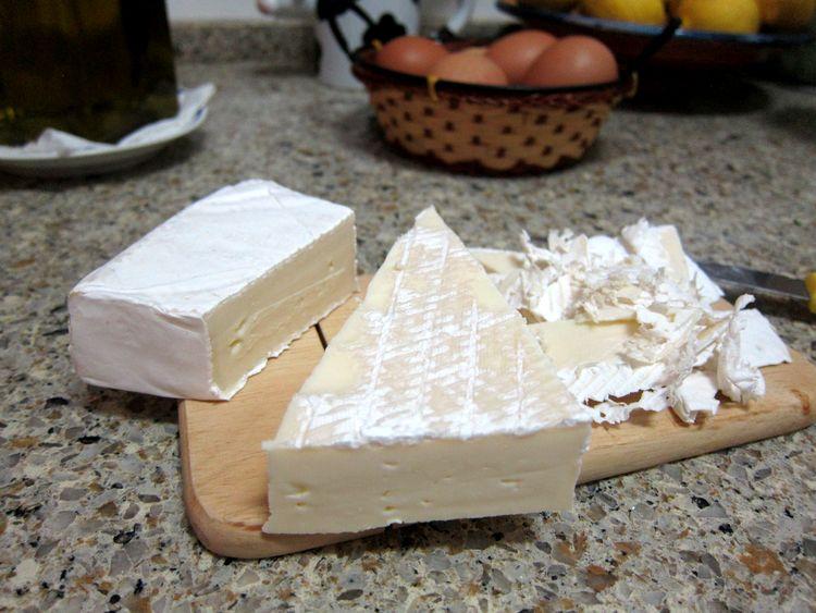 tortilla-de-canonigos-y-queso-brie-02