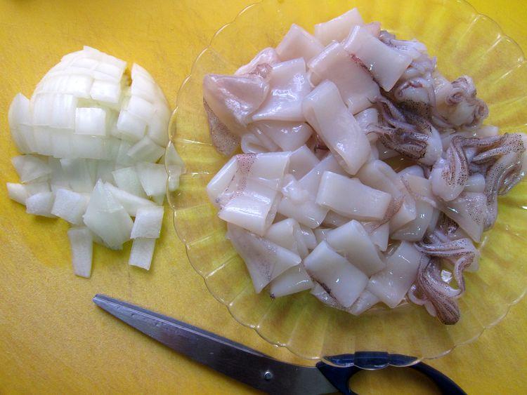 arroz-con-calamares-gambones-y-habas-04