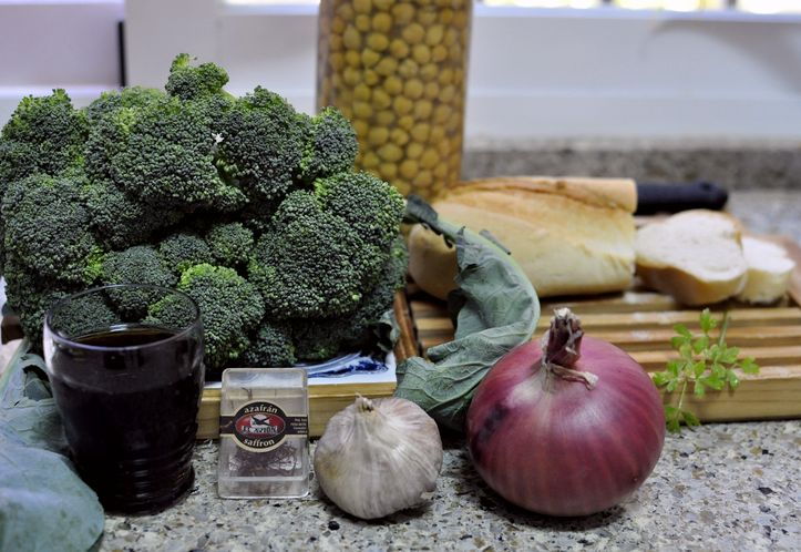 potaje-de-garbanzos-con-brocoli-01