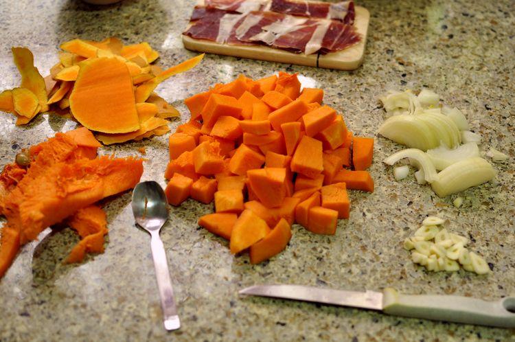 Pasta con calabaza y jamón ibérico