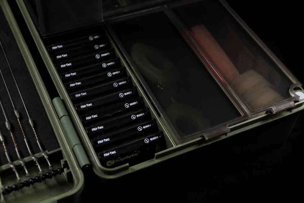 ARMOURY TACKLE BOX 10 1