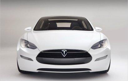 Tesla Model S постоянно изменяется