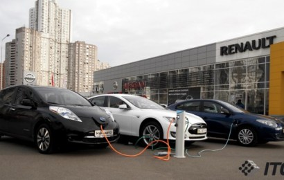 Три ярких электромобиля в Украине