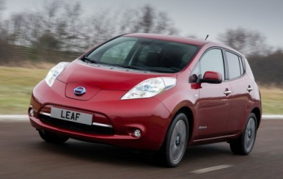 Nissan Leaf побил собственный рекорд продаж на 33%, обойдя седан Tesla