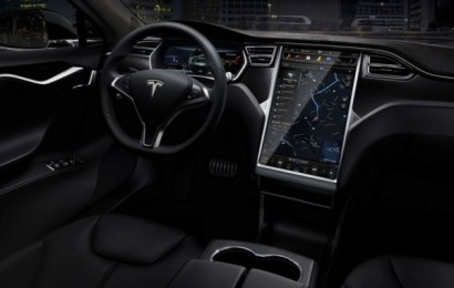 Tesla будет обновлять свои авто каждые полтора года
