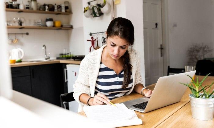 Empresas deben adaptarse al home office. (iStock)