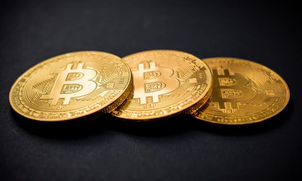 Se desploma Bitcoin a su nivel más bajo en 10 días