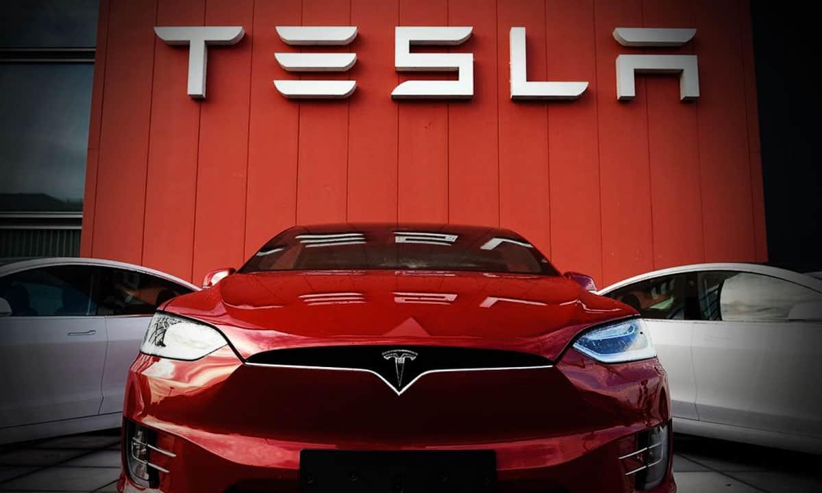 acciones Tesla máximos