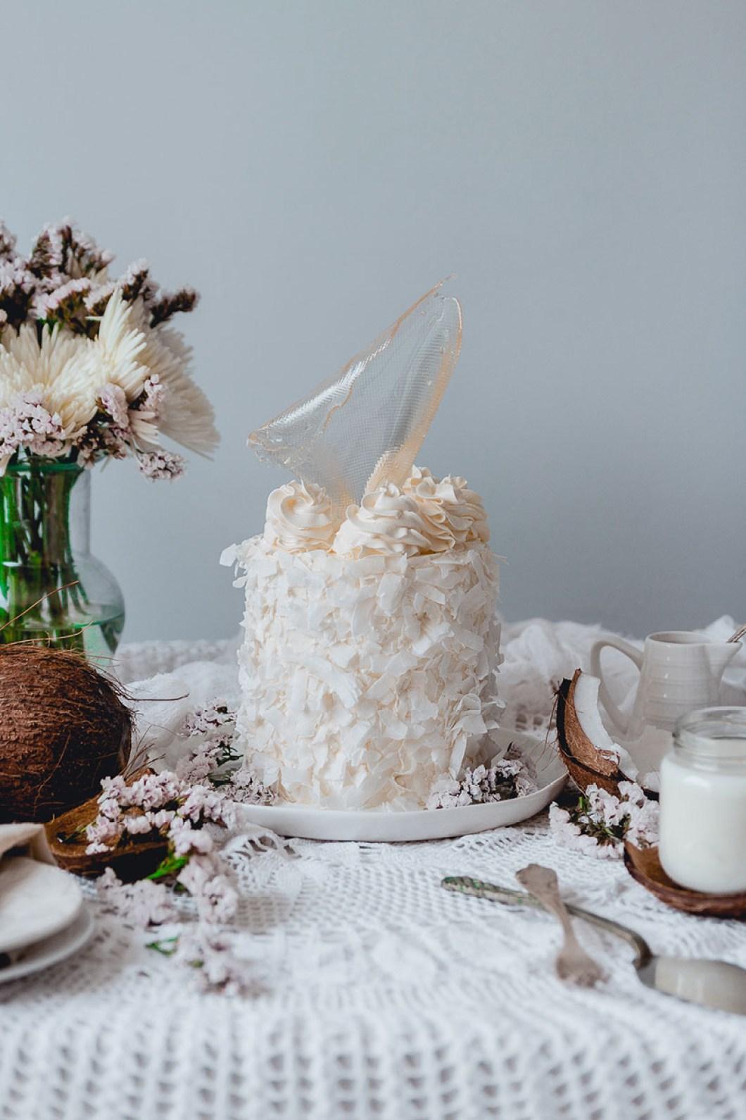 white_coconut_cake_-7420