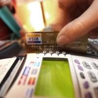 Una buena, un alivio: el Banco Central dispuso un tope del 55% a la tasa de las tarjetas de crédito
