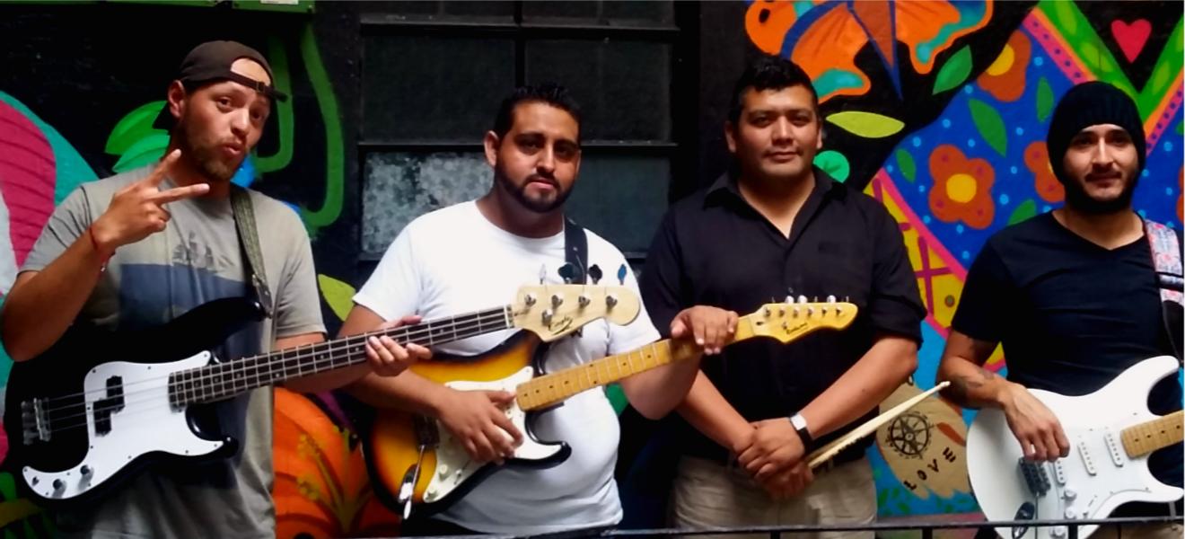 The Bikez, juventud y fuerza en un grupo tributo a The Beatles.