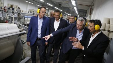 Photo of El presidente electo recorrió una planta textil